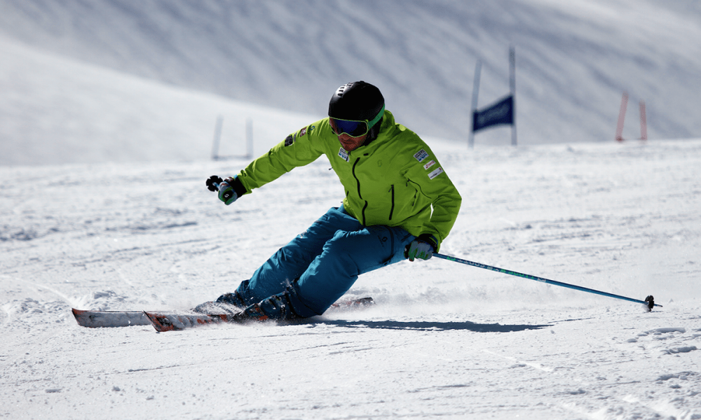 WARREN SMITH SKI ACADEMY JORDAN REVAH CARVING